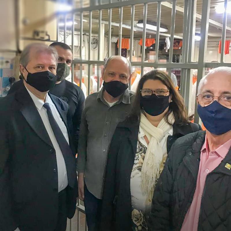 Diretoria da ACIBr visitam Unidade Prisional Avançada