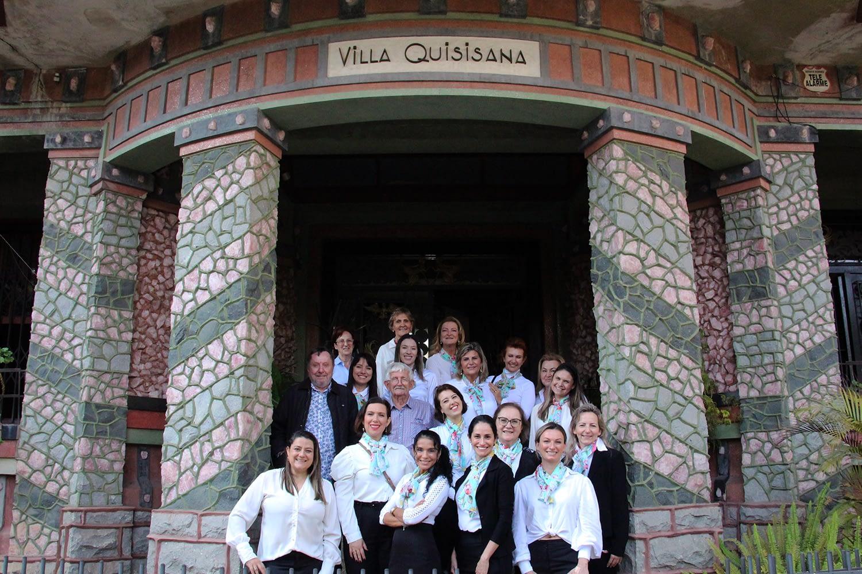 Núcleo das Mulheres Empresárias da ACIBr realiza visita à Villa Quisisana